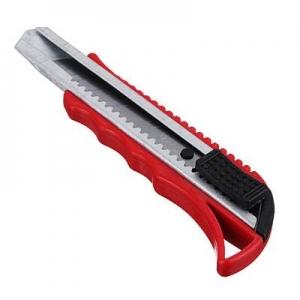 Нож сегментный с фиксатором 18мм