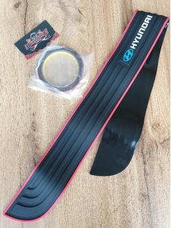 Резиновая накладка на задний бампер Hyundai 91х7см