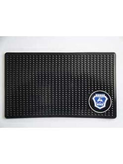 Нано-коврик на панель противоскользящий с логотипом ГАЗ